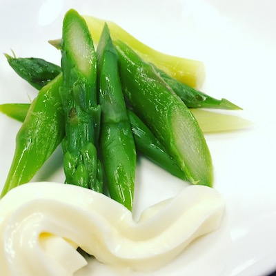 Asparagus and mayonnaise
