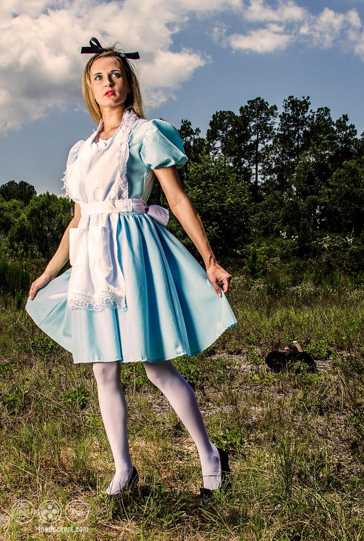 Alice in Wonderland Fearful Portrait