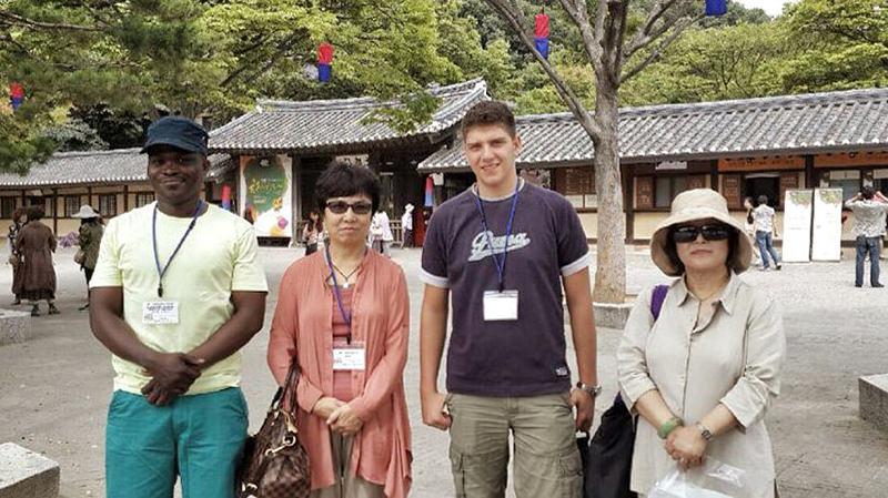 istvs_seoul2014-kim_Folk village tour.jpg