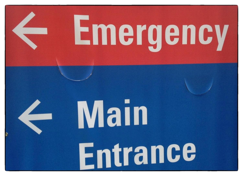 2013-0710-Emergency Main Entrance sign.jpg
