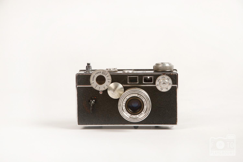 vintage range finder camera