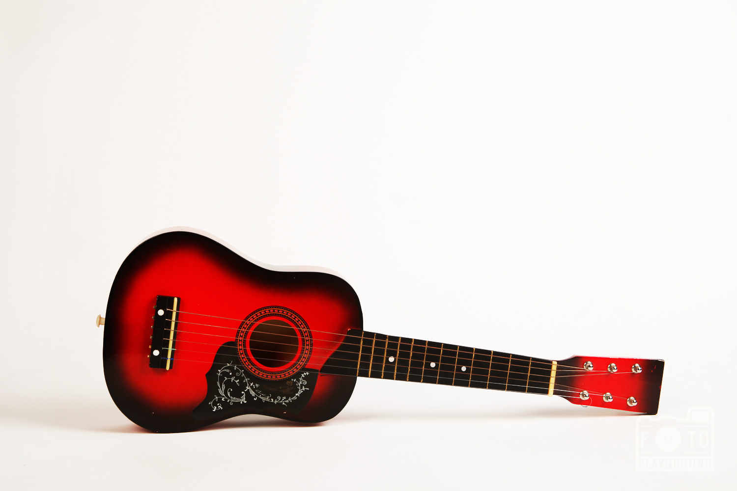 red guitar (1/2 size)