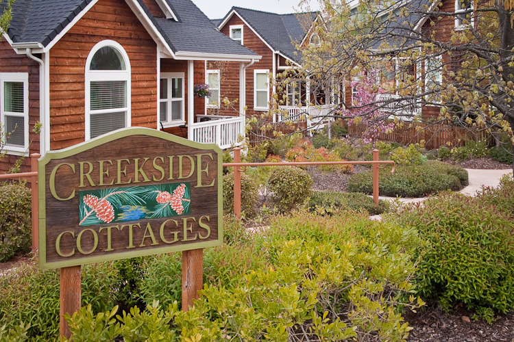 Creekside Cottages