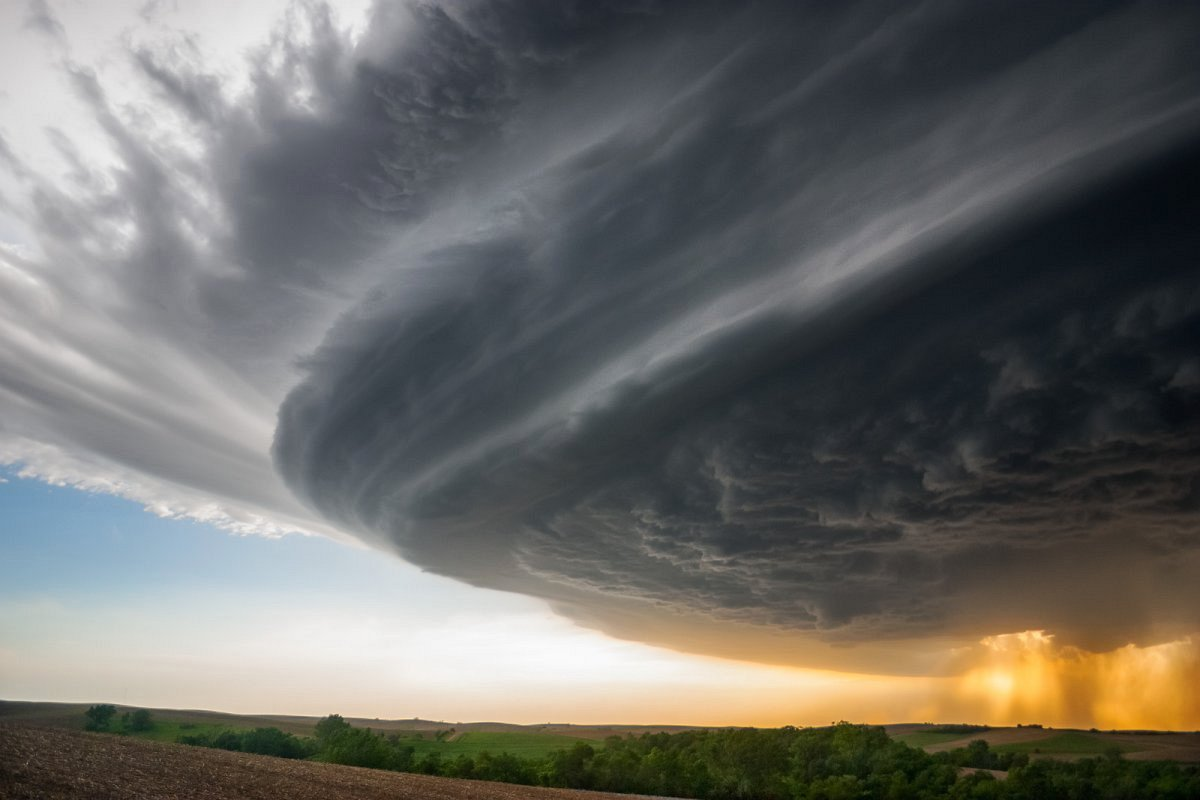 wallpaper-very-beautiful-storm-weather.jpg