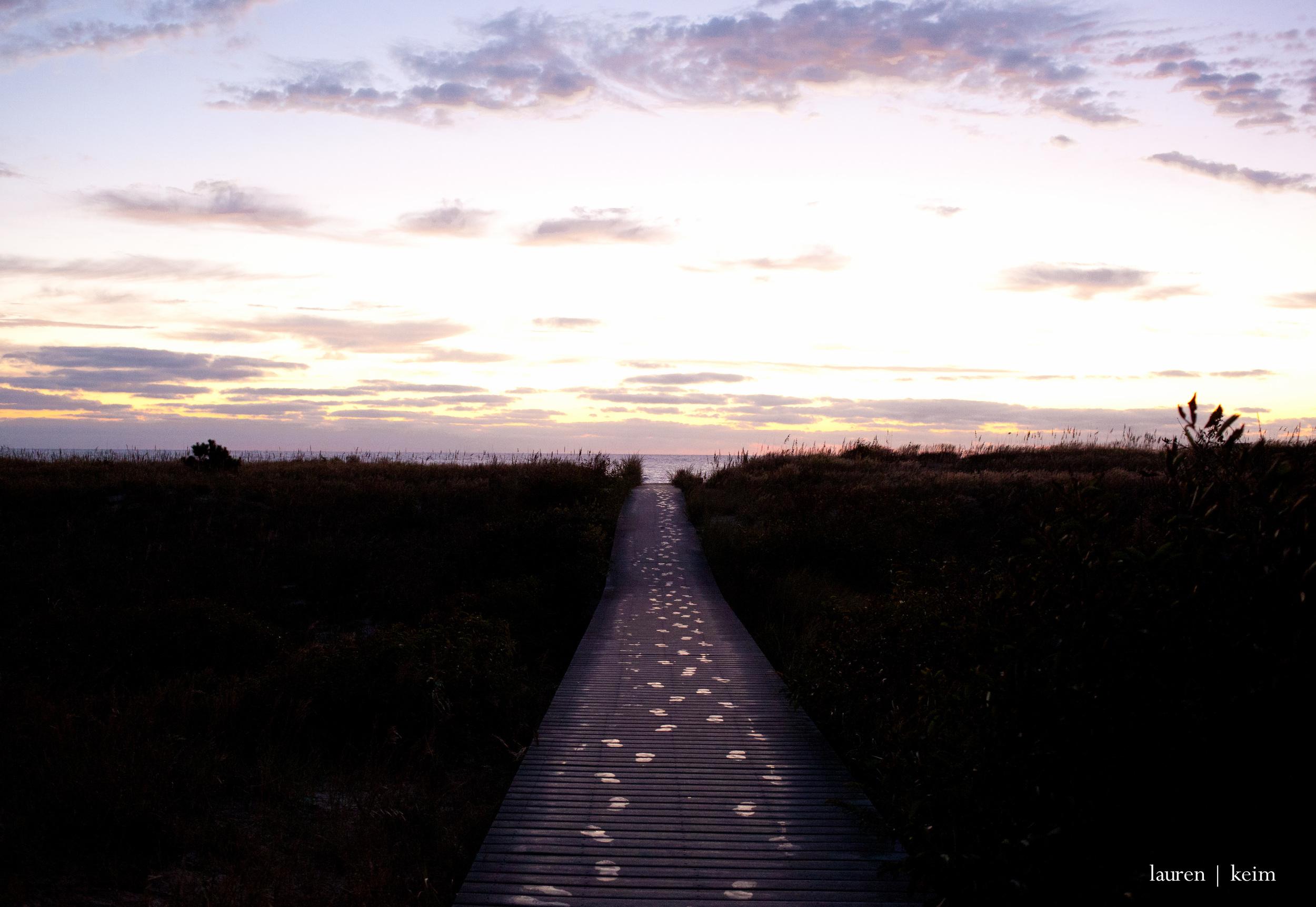 footpath :: Canon 5D MII, 35mm