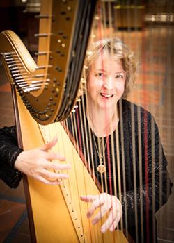 Lady Serena O'Meara, Royal Event Harpist  Photo: http://www.grinkiegirls.com/