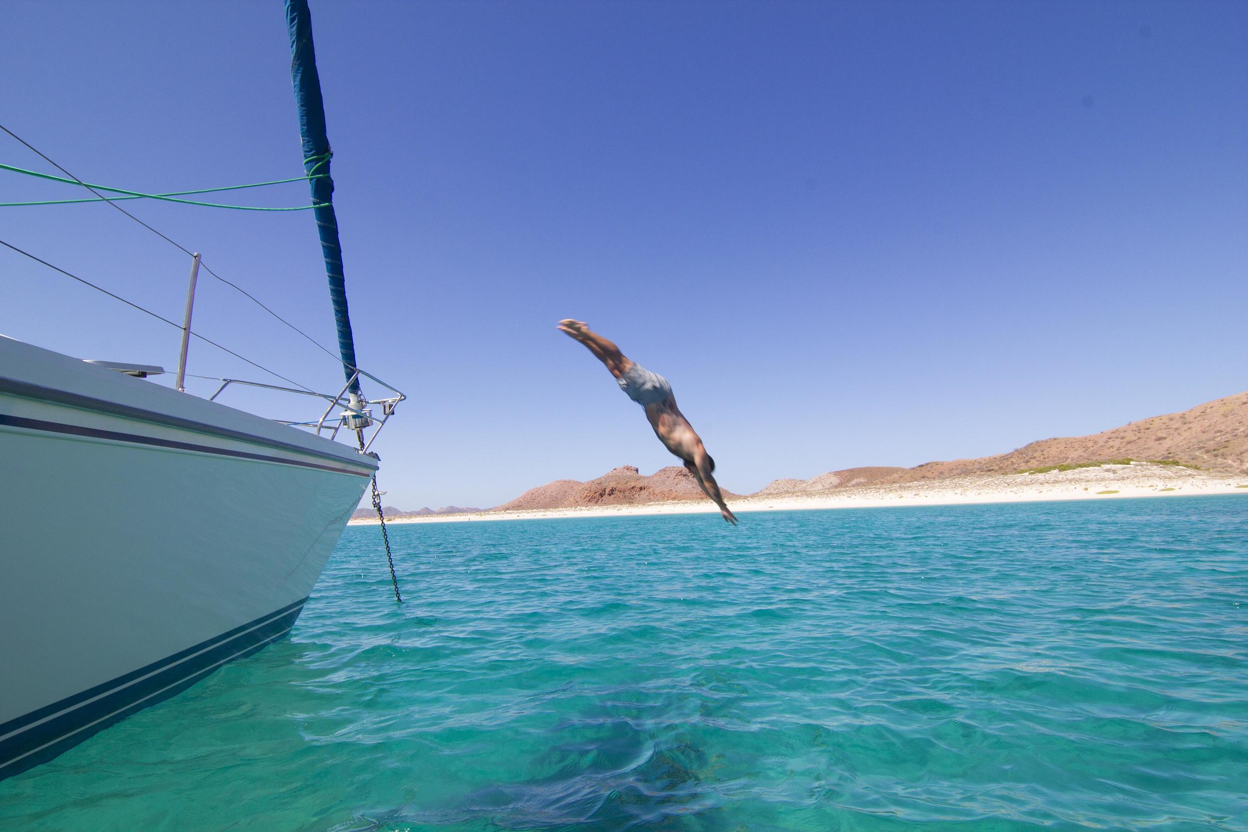 Mikee Jumping 2.jpg