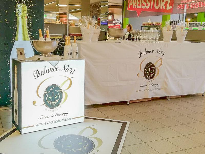 Verkaufsoffener Sonntag im Scheck-In Center in Karlsruhe-Durlach: Ruhe vor dem Sturm