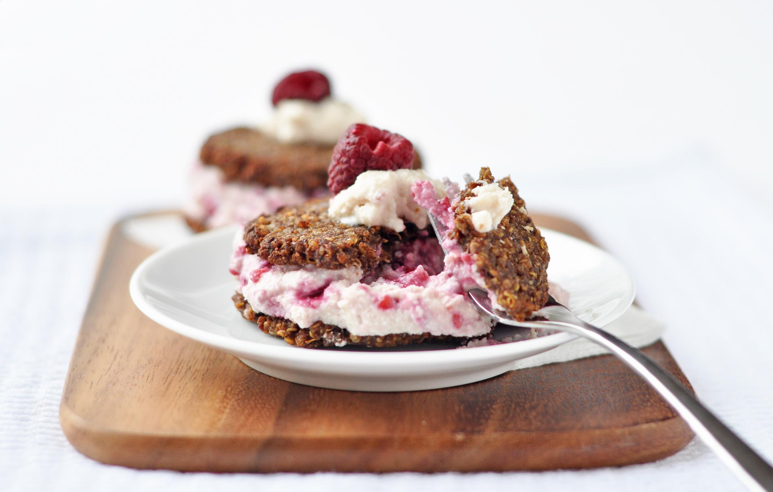 quinoa cream sandwich 4.jpg