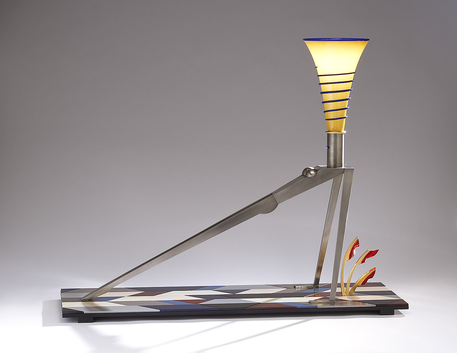 """Stretch   2007. Blown glass, nickel and gold-plated bronze, aluminum, Vitrolite and lampworked glass. 37½ x 47 x 15"""""""