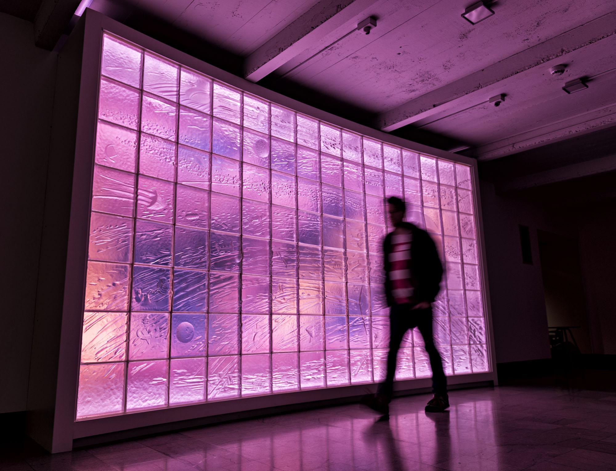 Orbit   1987. Cast glass, paint on board, steel. 9 x 16 feet. Toledo Museum of Art, Toledo, OH.