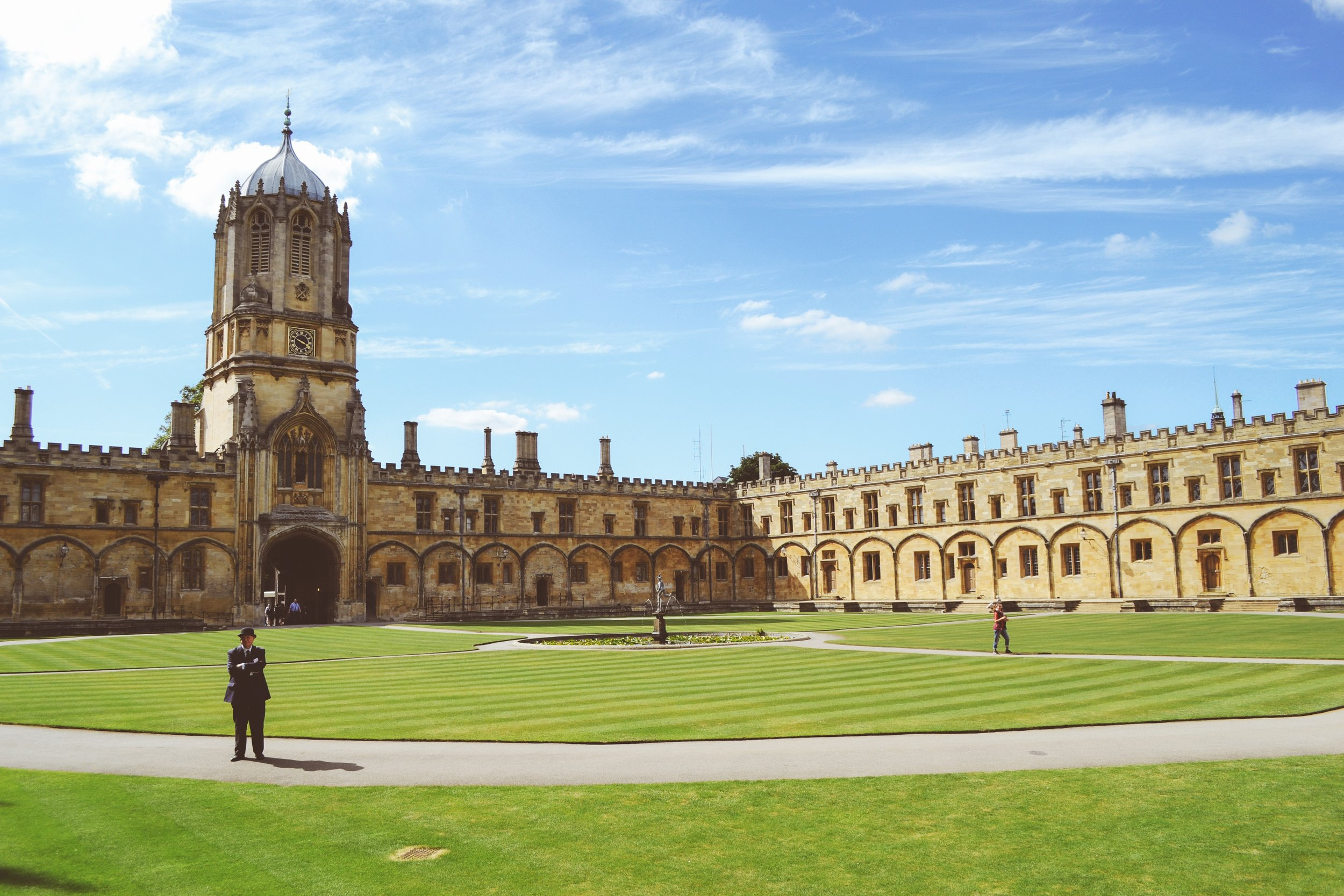 The University of Oxford embodies a vision of separation between academic and non-academic life.