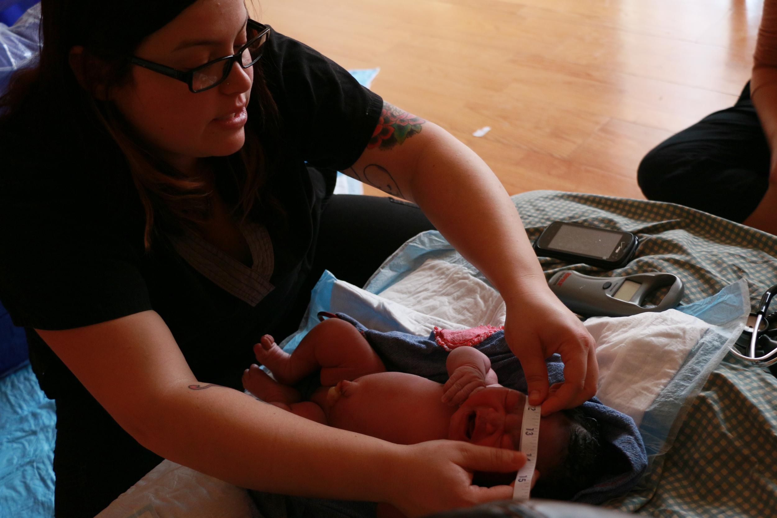 newborn exam at homebirth tampa