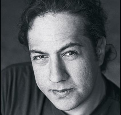 César Cansino