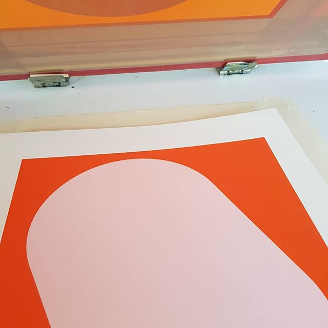 New prints on the go! Can't wait to share them with you soon 😊  #newart #september #screenprint #midcenturymodern #gallerywall #art #printsforsale #homestyle #homedecor #walltowallstyle #mazeforhome #brightonart #brightonartist #home #allthingsmetric #howyouhome #habitatuk