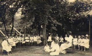 Church School 1921_1.jpg