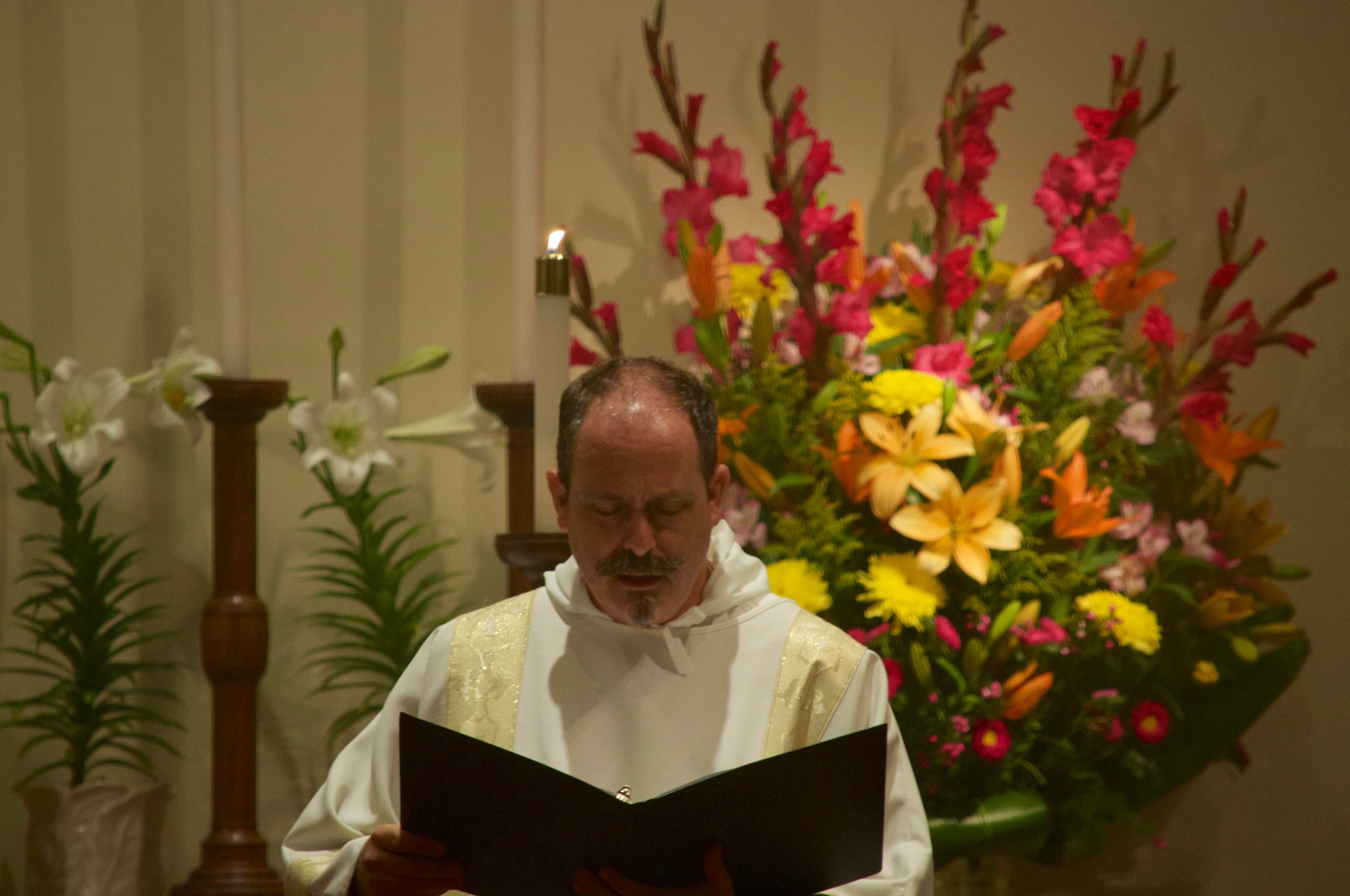 The Subdeacon chants the Epistle at the Great Vigil of Easter.