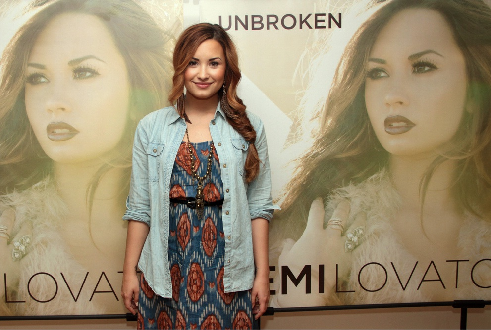 Demi Lovato Hair and Makeup by Tonya Brewer