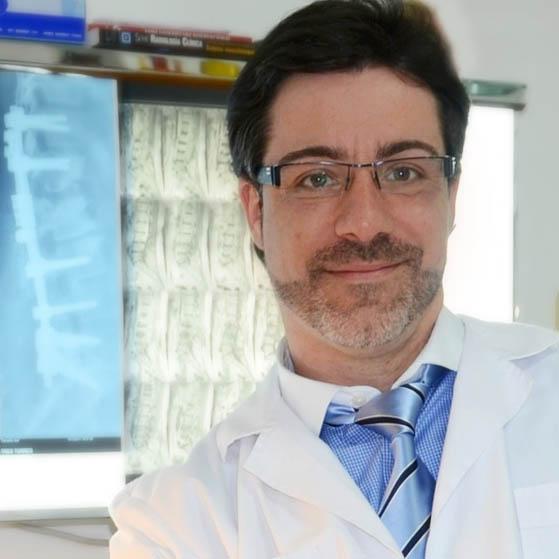 Dr. Santiago Solsona  Colegiado num34.842