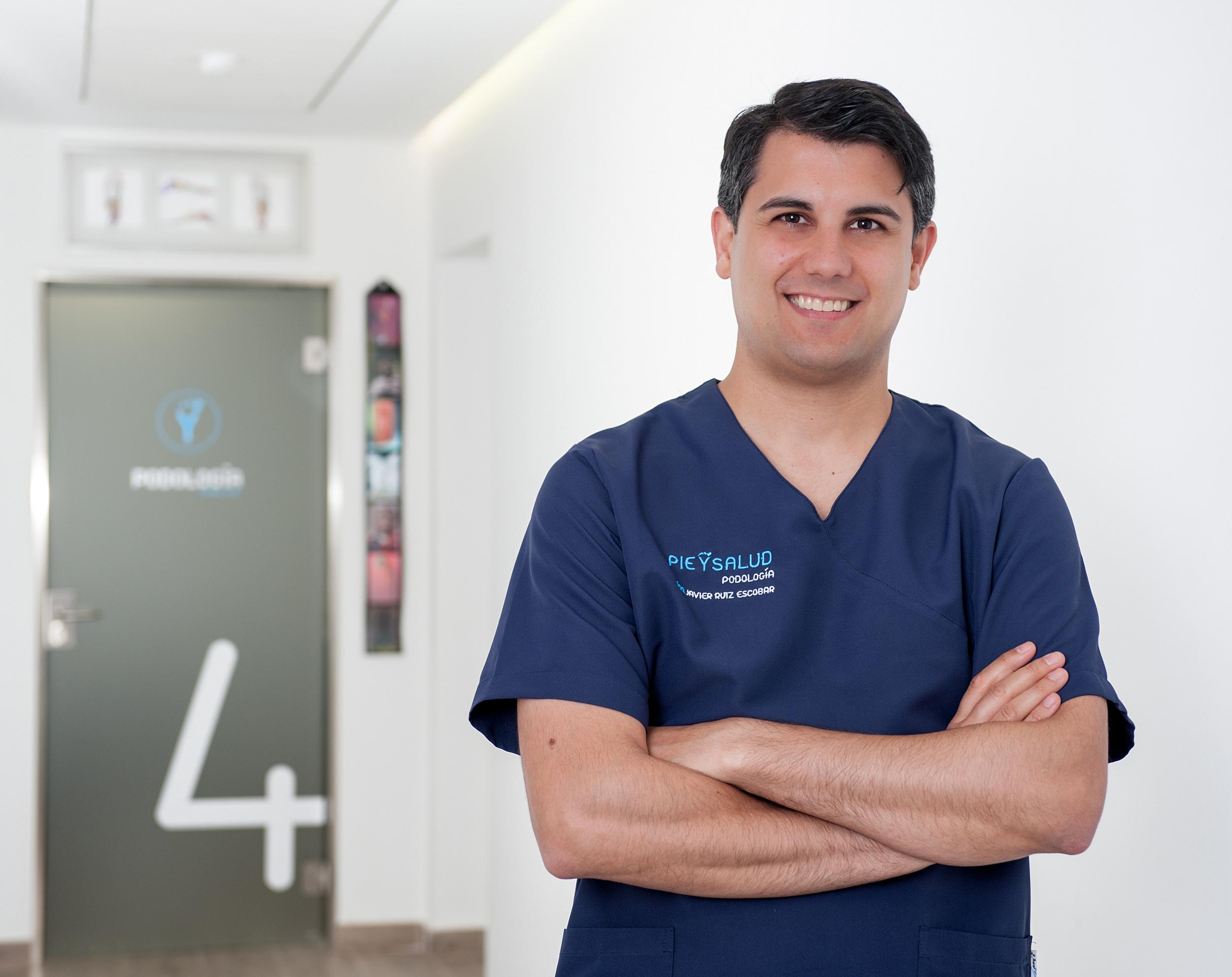 Dr. Santiago Solsona i Espín  Doctor en Cirugía Ortopédica y Traumatología   + Información