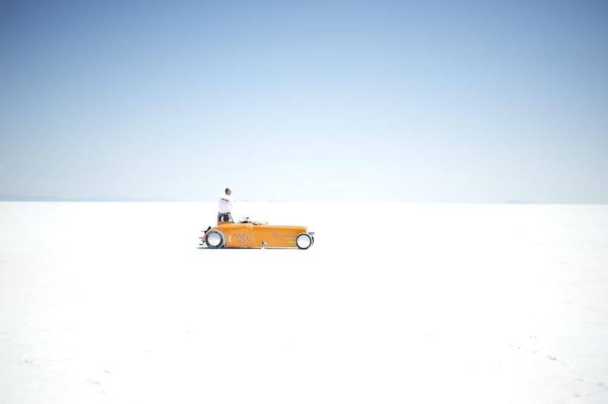 via  motomania.tumblr.com        Wonderful photoblog of spectacular car photos.
