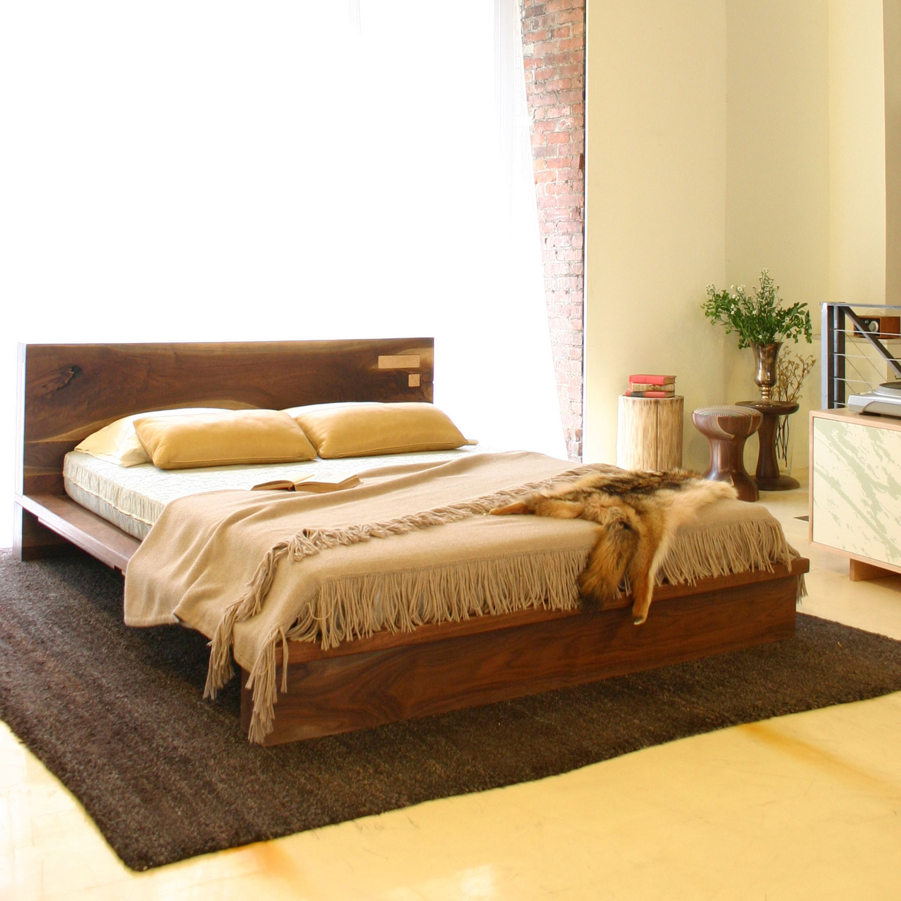 Liffey Platform Bed