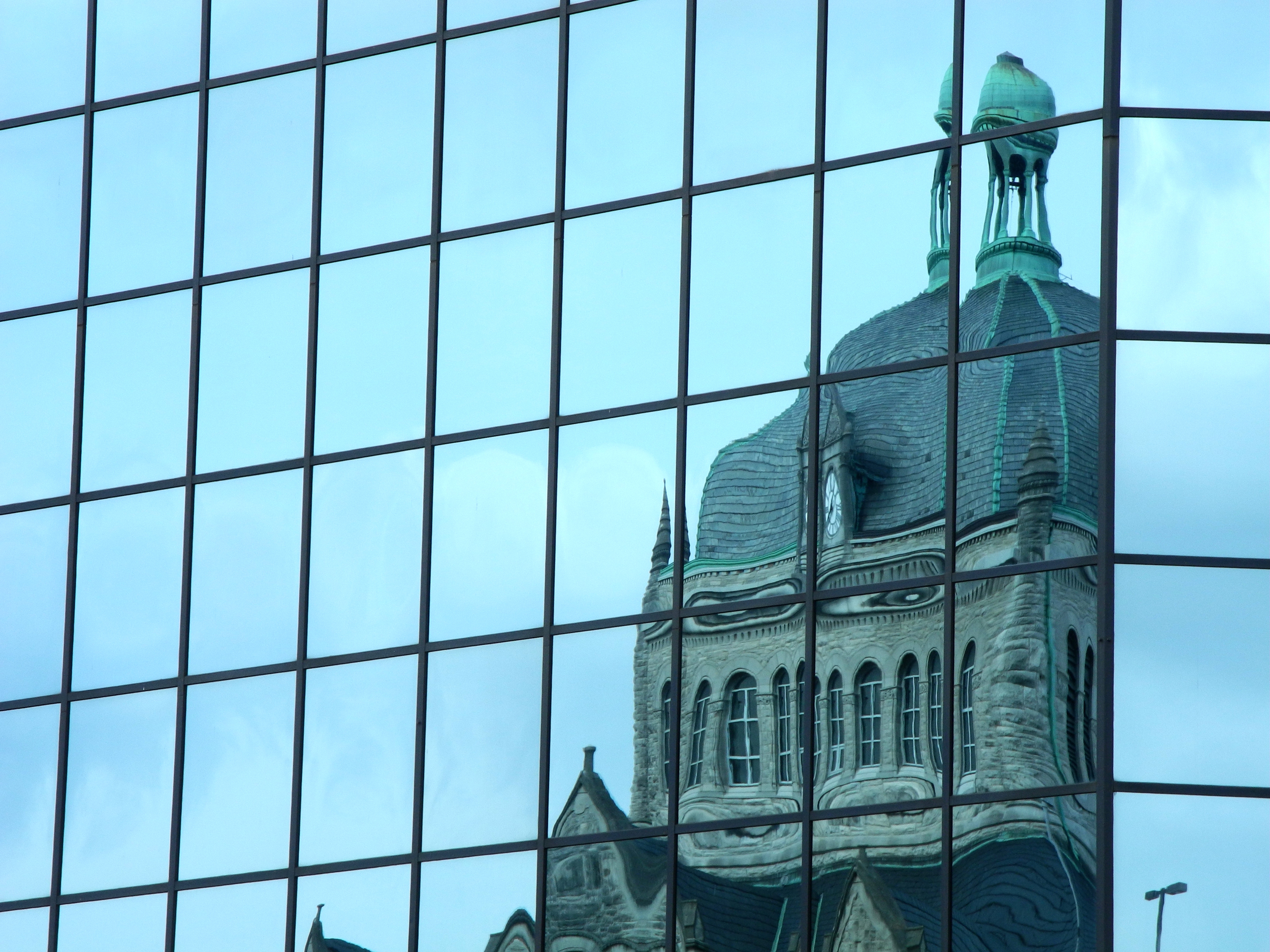 CourthouseReflection_LM.jpg