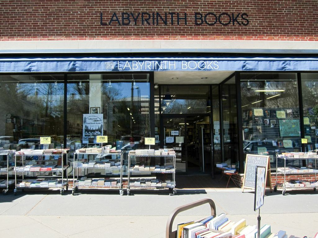 Labrynth Books_Merill Fabry.jpeg