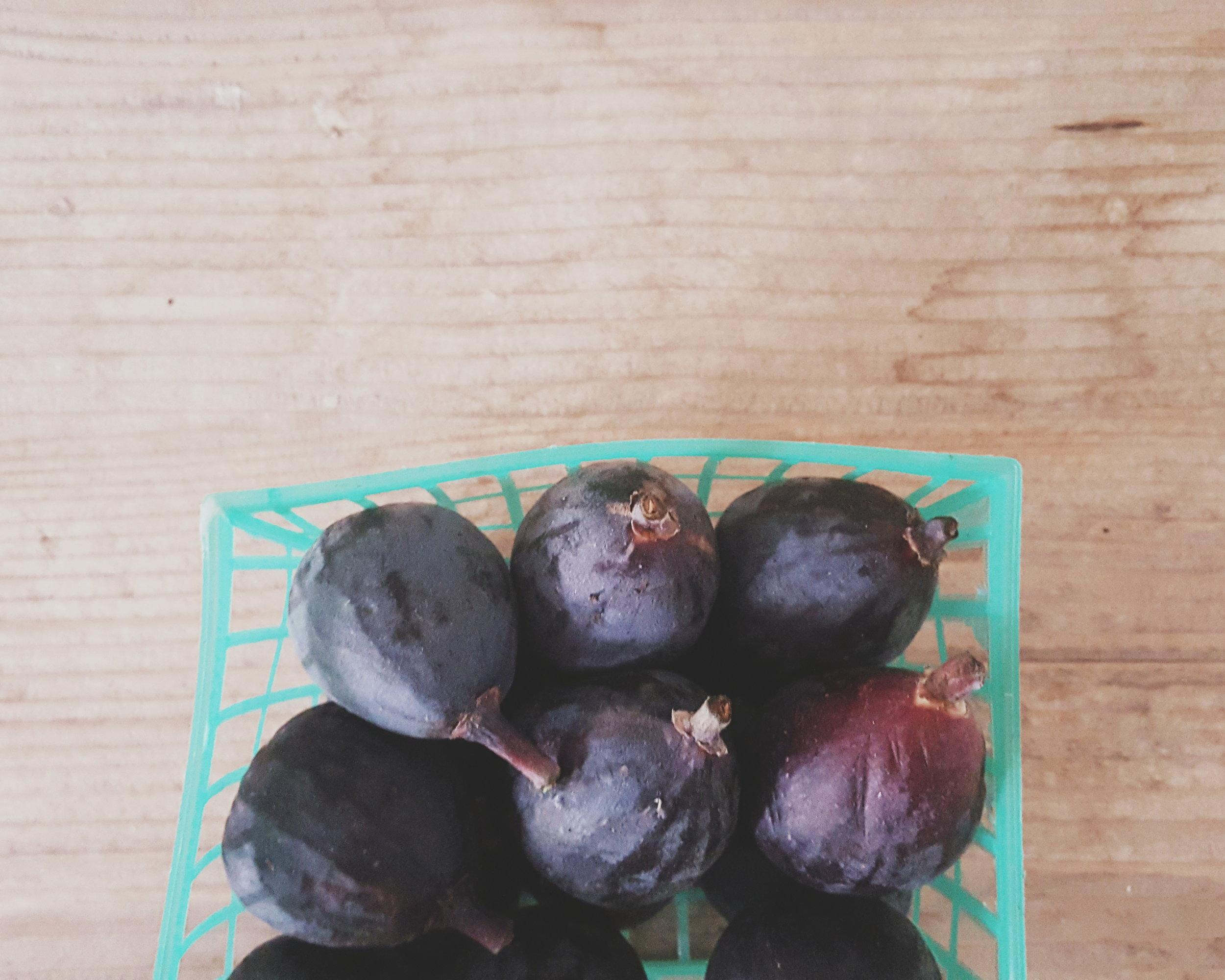 Steel Cut Oats with Orange-Stewed Figs