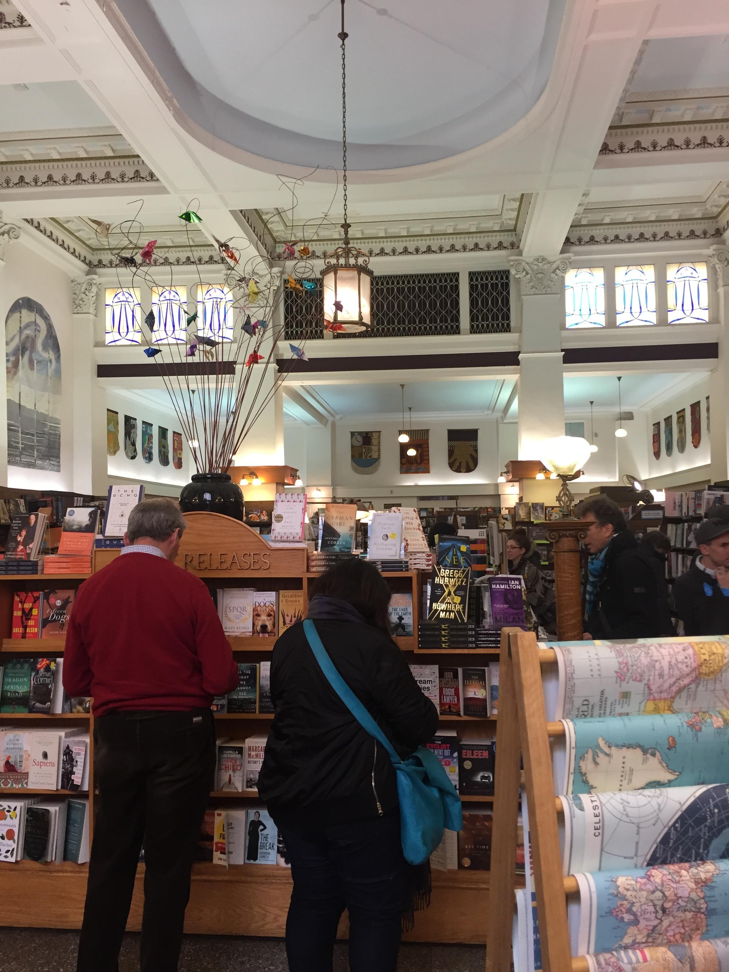 Bookstores 1 - Munro's Books.JPG