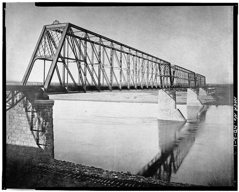 NP rail bridge ca. 1906