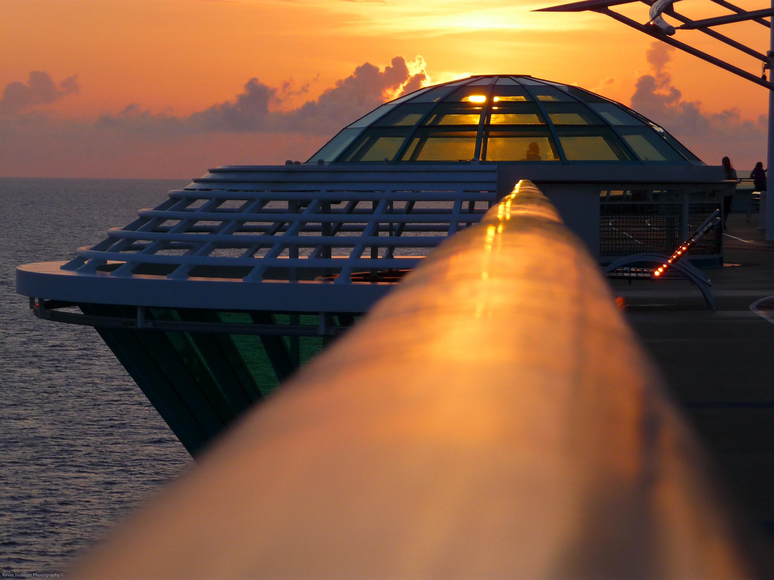 Freedom of the Seas.jpg