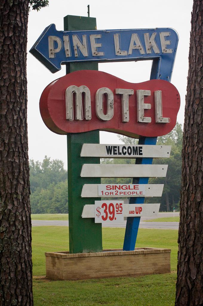 Alabama Motel.jpg