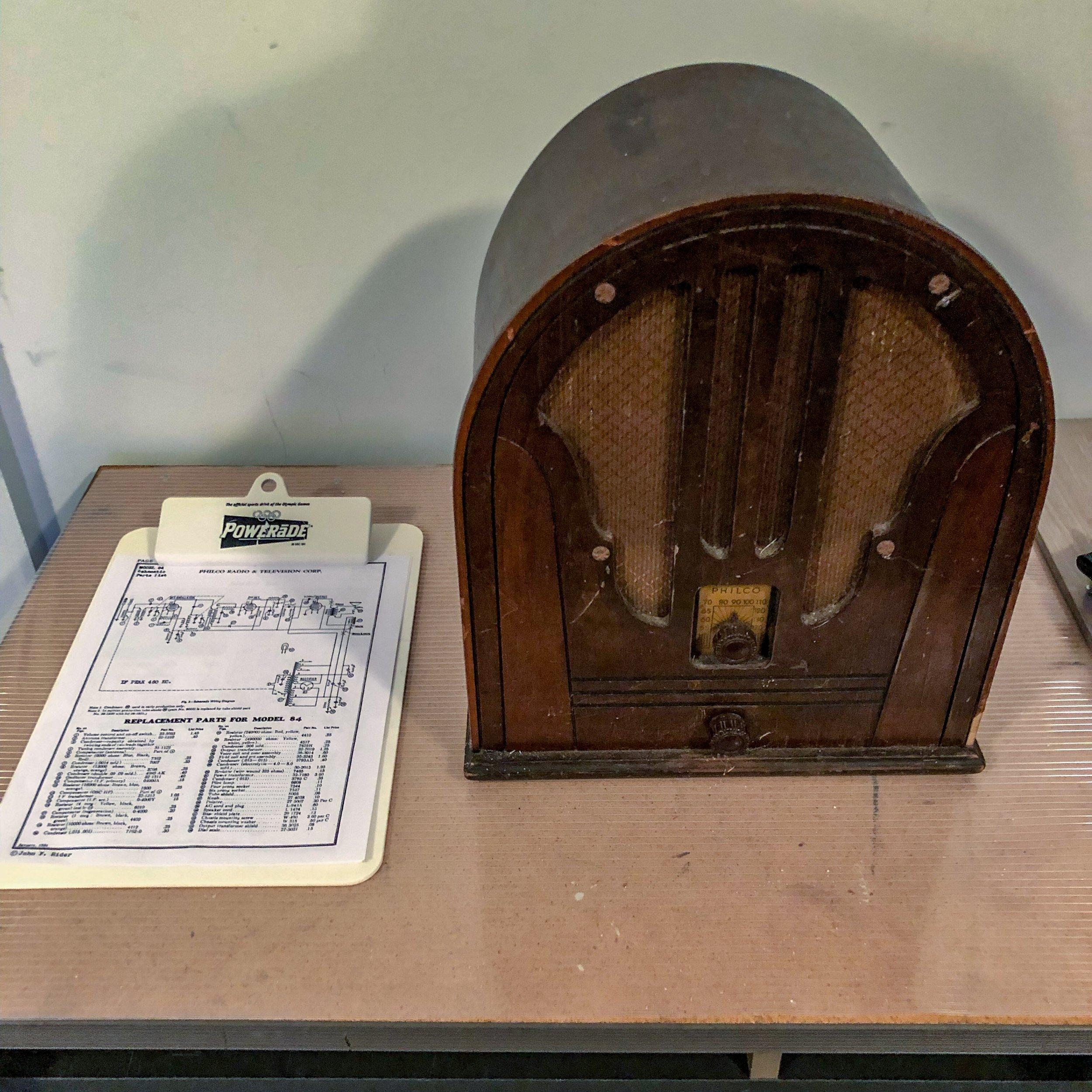 1935 Philco Model 84 Radio