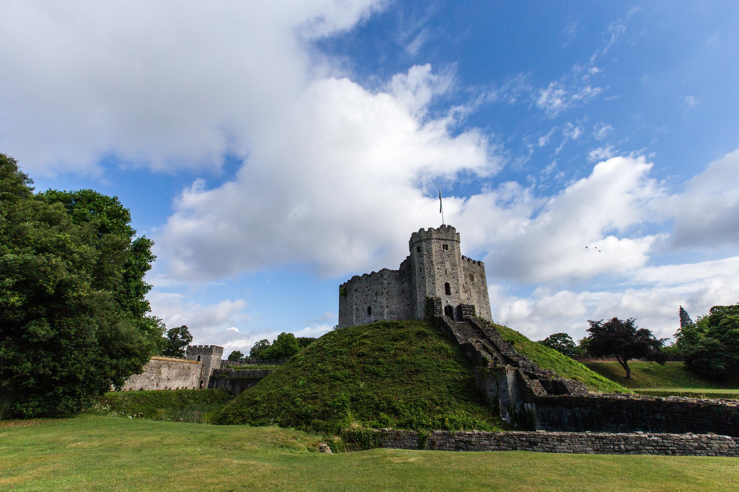 Jennifer Bailey ©2013 Cardiff Castle, Wales