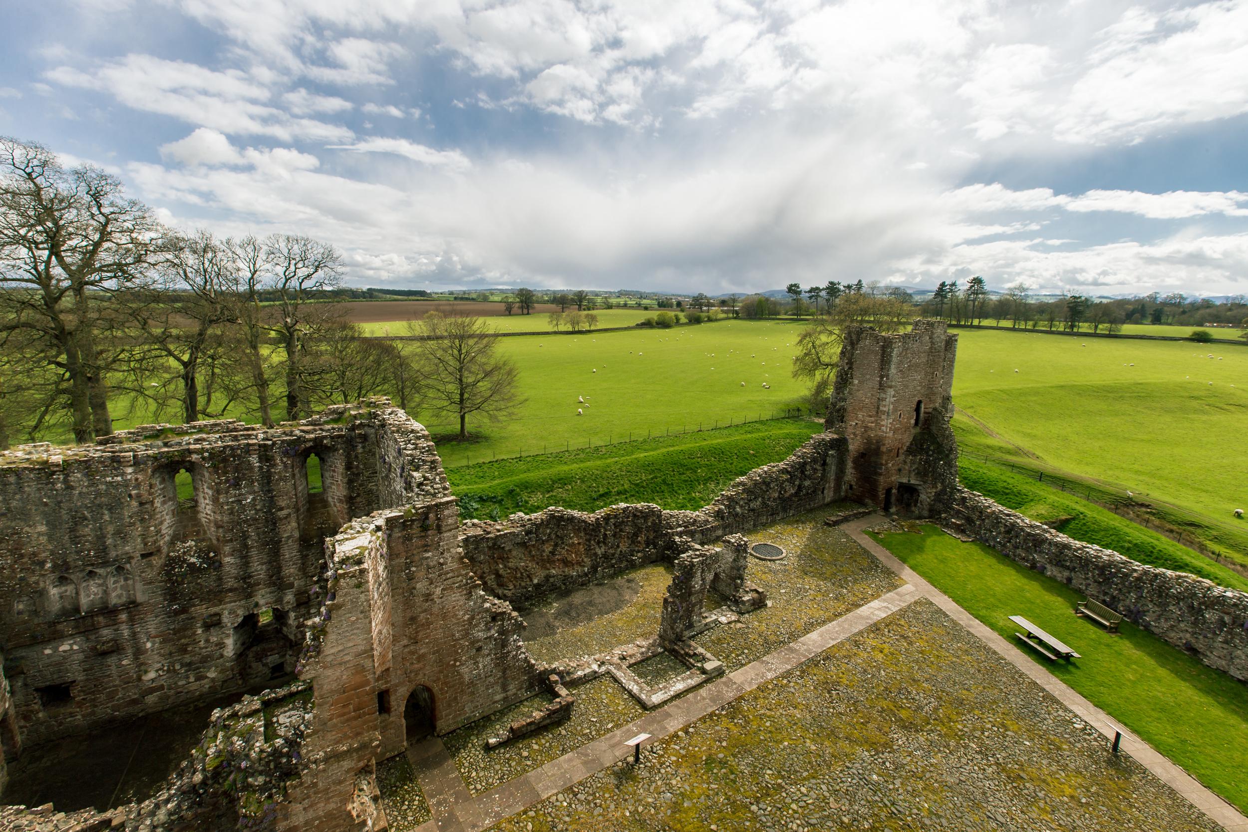 ©jennifer bailey 2015 brougham castle cumbria