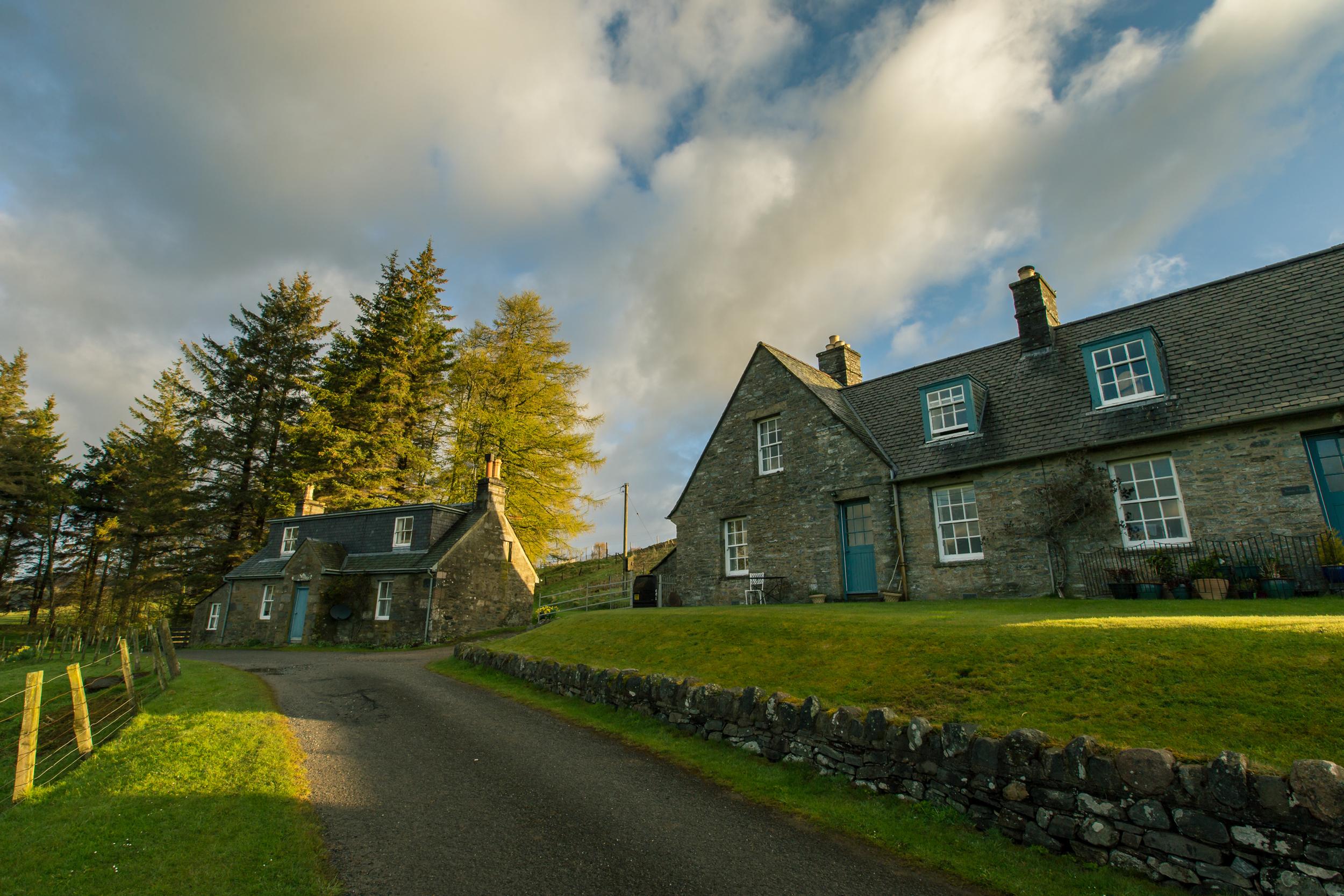 ©jennifer bailey 2015 tirinie cottage, blair atholl, scotland