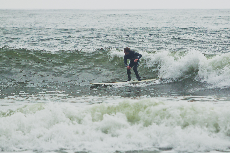 matt cruisin it out on the long board