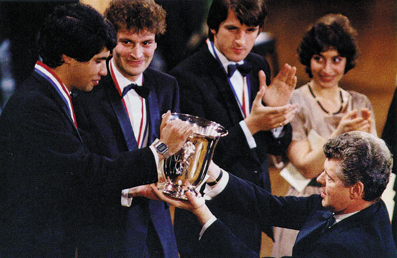 Van Cliburn handing the trophy to Jose Feghali in 1985, the year I competed in the competition.