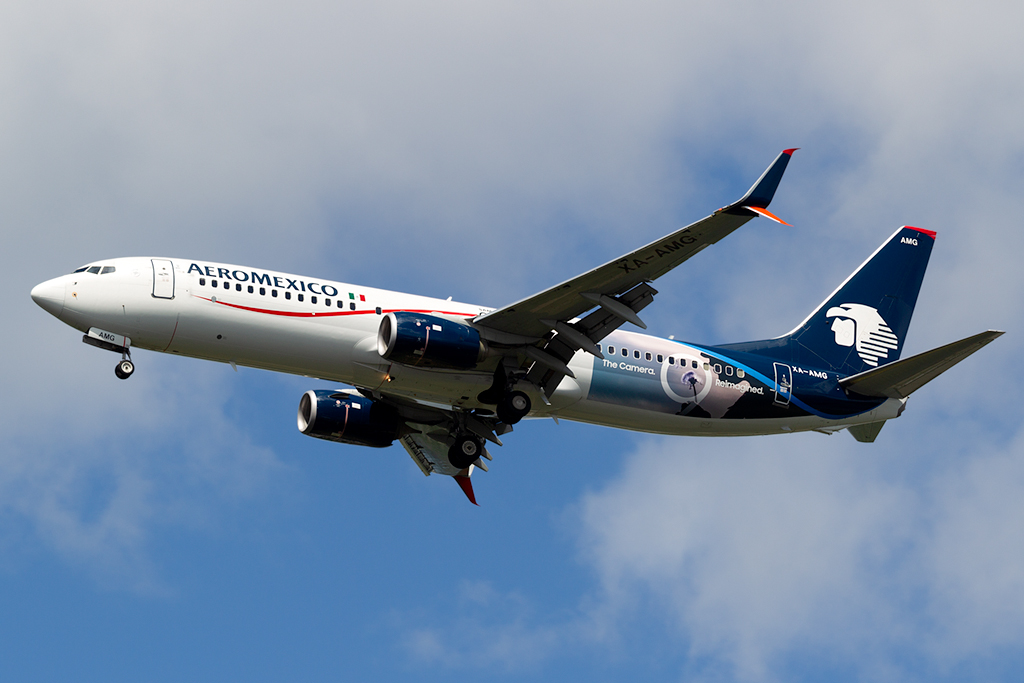 XA-AMG_AEROMEXICO_737_JFK_061518.jpg