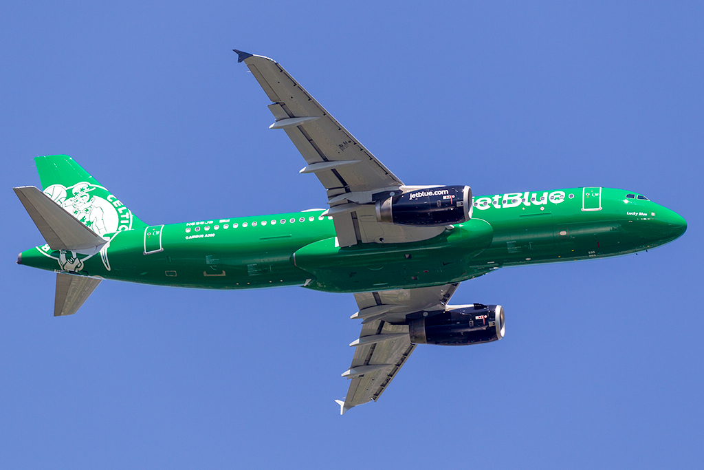 N595JB_JETBLUE_A320_JFK_061618_2.jpg