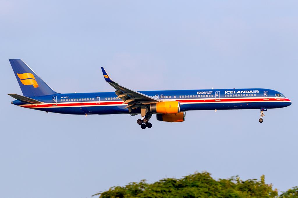 TF-ISX_ICELANDAIR_757_JFK_081618.jpg