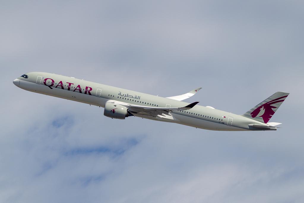 A7-ANB_QATAR_A350-1000_JFK_092218.jpg