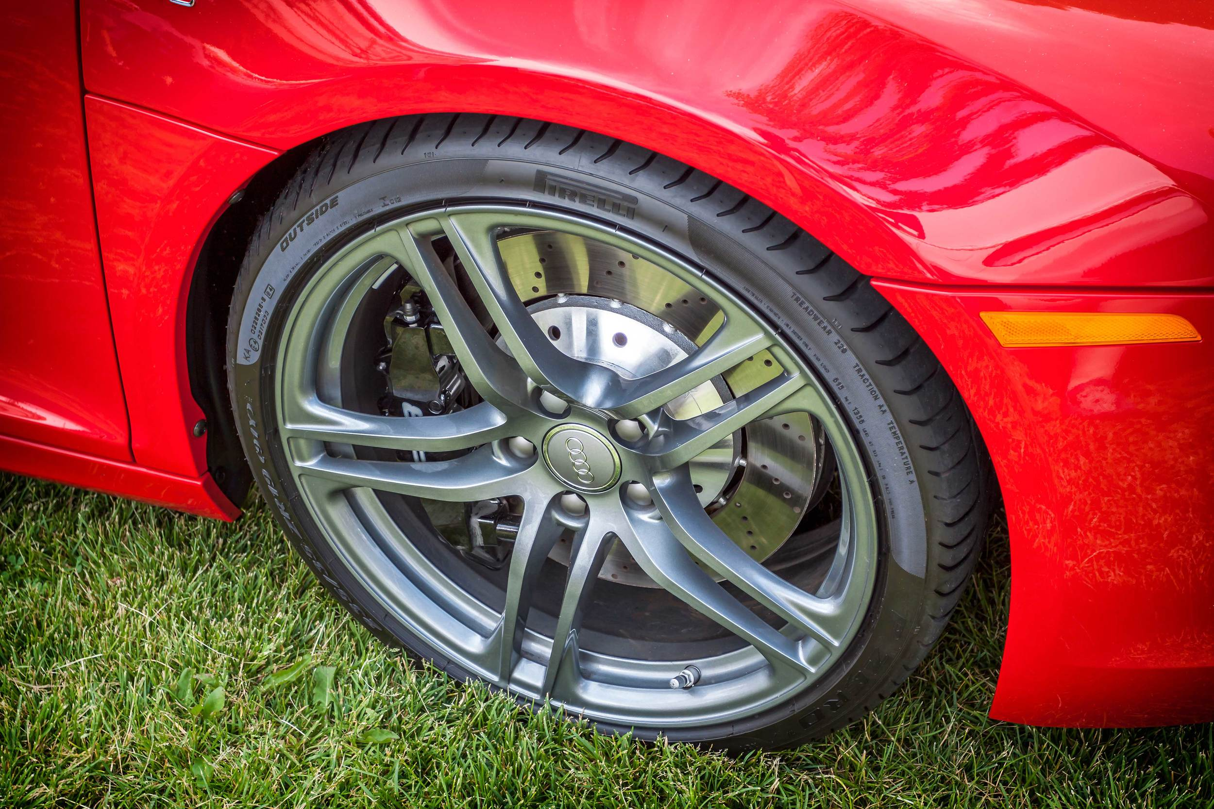 Audi-R8-Wheel.jpg