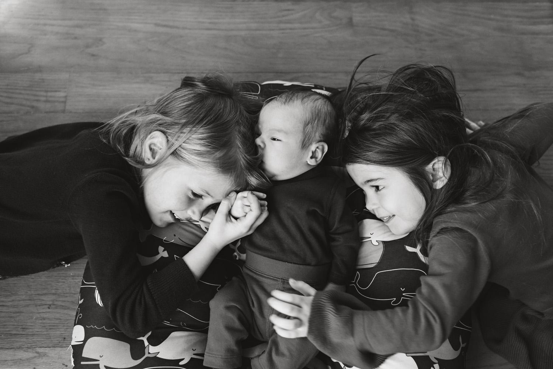Brooklyn Newborn photographer-12162018_009.jpg