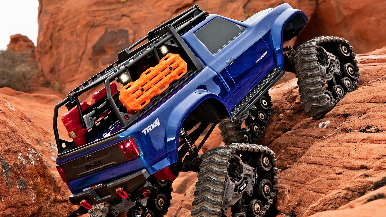 8880-Sport-Traxx-rocks.jpg