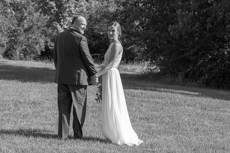 "Magnolia Estate Wedding Review - ""We could not be happier! Kevin has excellent and timely communication, he's punctual, friendly, and talented! He did our engagement session and our wedding day and both produced fantastic results. He's fun to be around and makes the photo sessions fun too. I was amazed at the amount of photos received from our wedding day and we received them before the honeymoon was over! Just fantastic. We would highly recommend!""- Christie M."