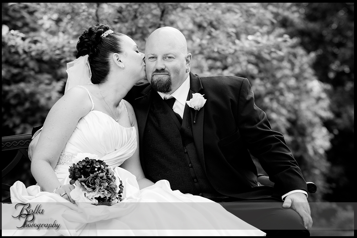 011_wedding_groom_bride_columbia_il_falls_portrait_kiss.jpg