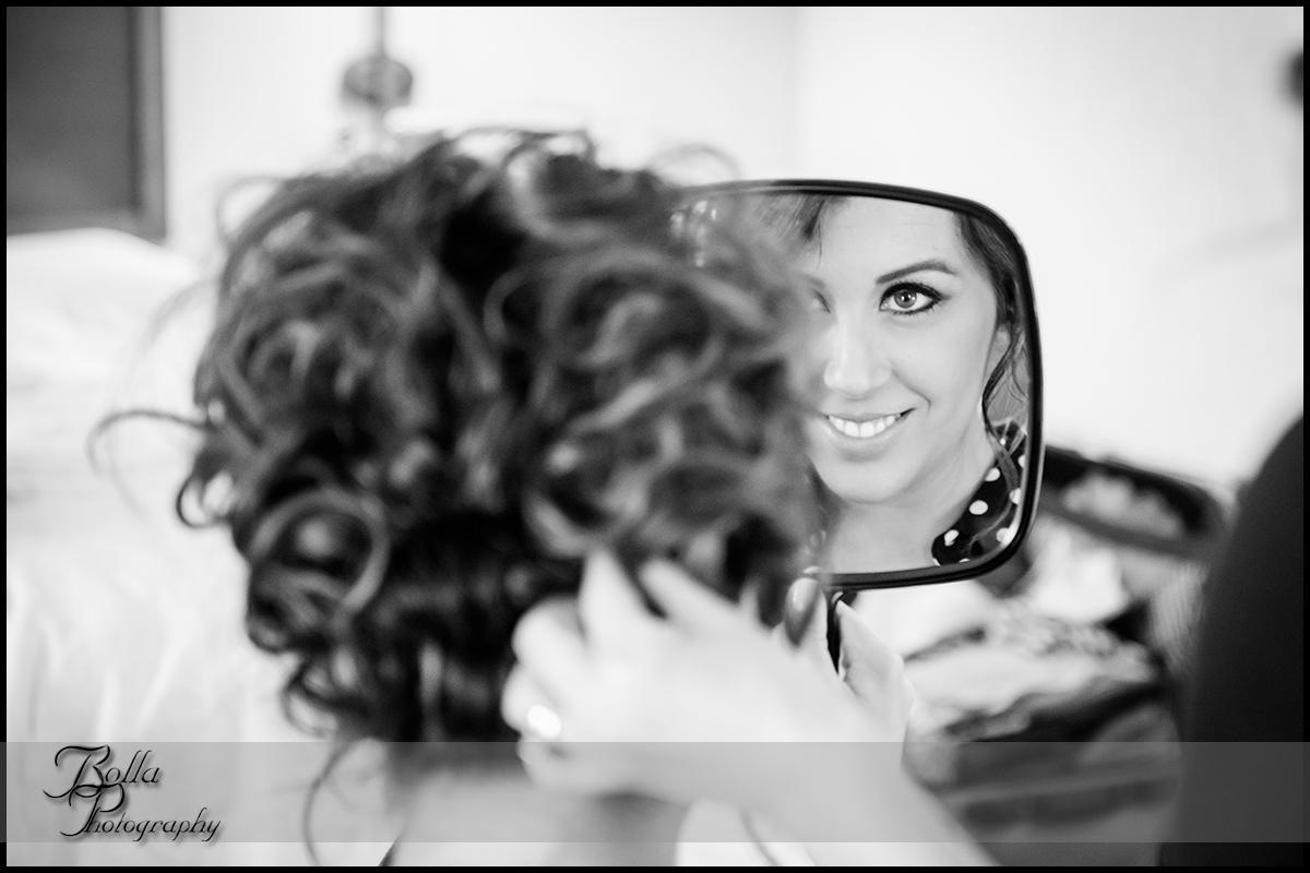 003-wedding-bride-preparations-hair-mirror.jpg