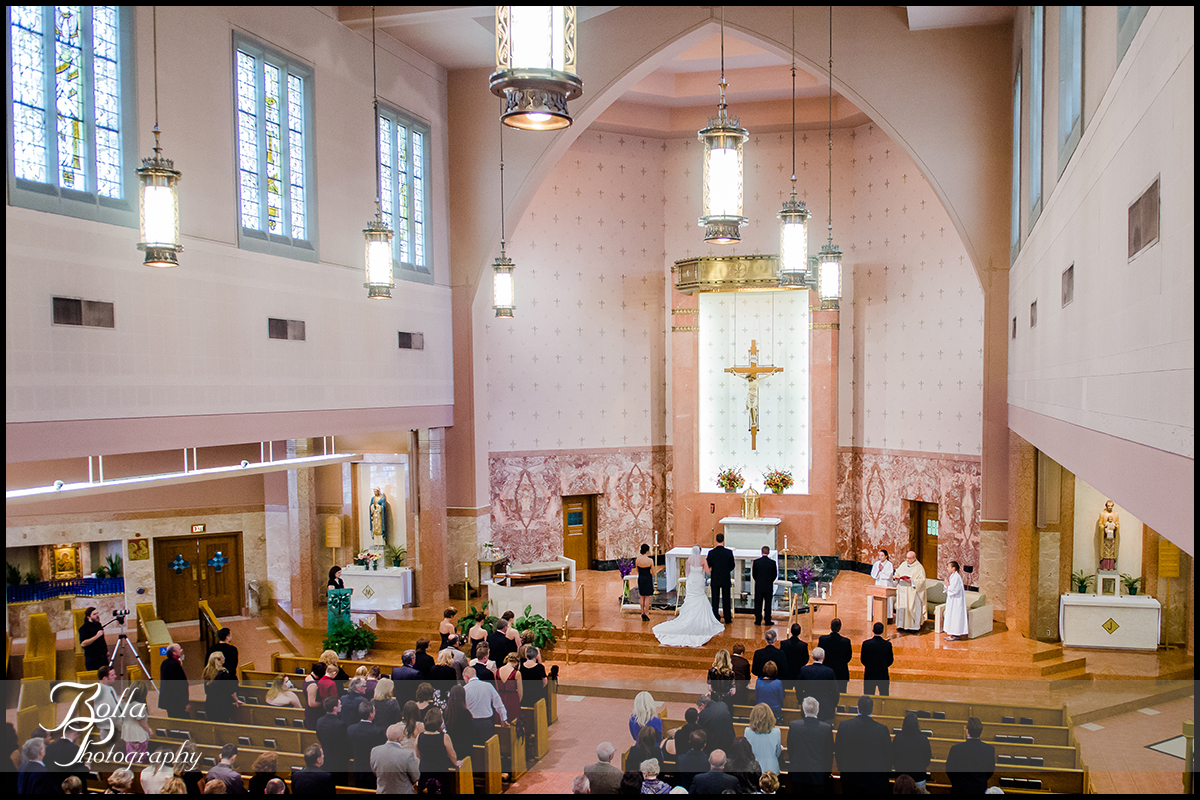 008-Bolla-Photography-wedding-Saint-Louis-MO-STL-bride-groom-ceremony-church-Peters.jpg